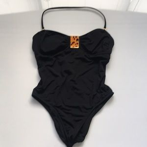 Sexy halter one piece bathing suit 👙